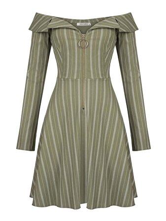 Kayık Yaka Çizgili Elbise