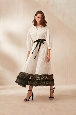 Etek Ucu Dokulu Organze Kumaş Detaylı Elbise
