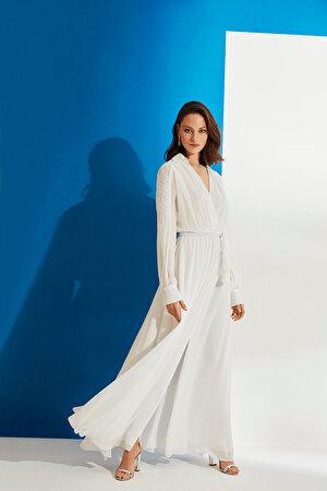 Nakışlı ve Yırtmaçlı Şifon Elbise