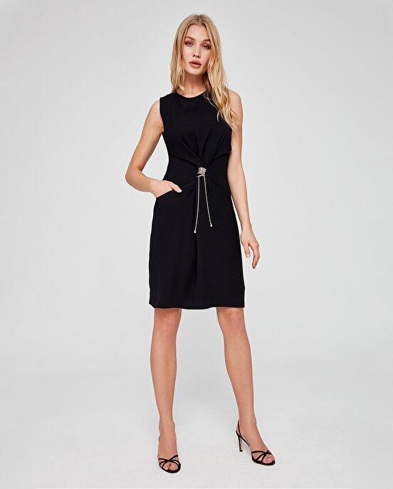 Nocturne Büzgü Detaylı Elbise