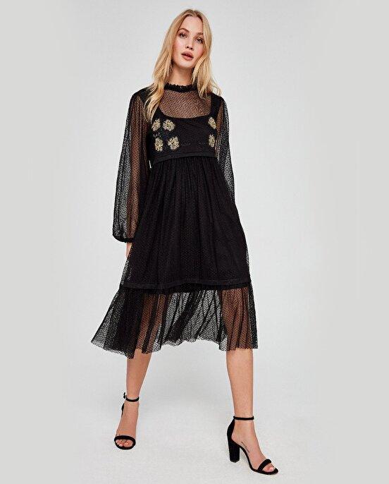 Nocturne Tül Kumaş Üzerine Nakış Detaylı Elbise