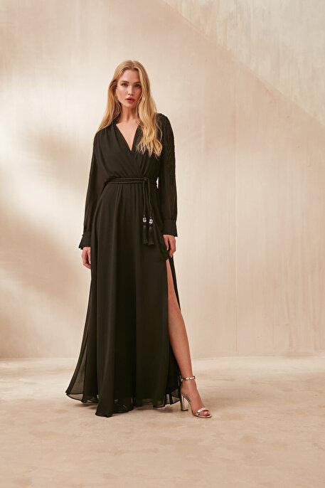 Nocturne Nakışlı ve Yırtmaçlı Şifon Elbise