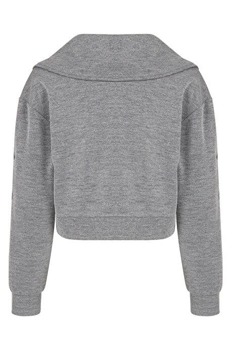 Nocturne Nakış Detaylı Geniş Yaka Sweatshirt
